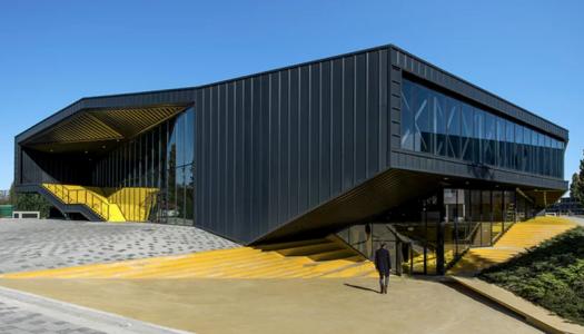 Olimpijski bazen u Vukovaru na popularnom Designboomu